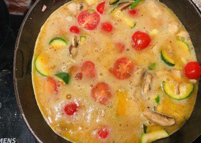 Frittate mit Tomaten und Cheddar